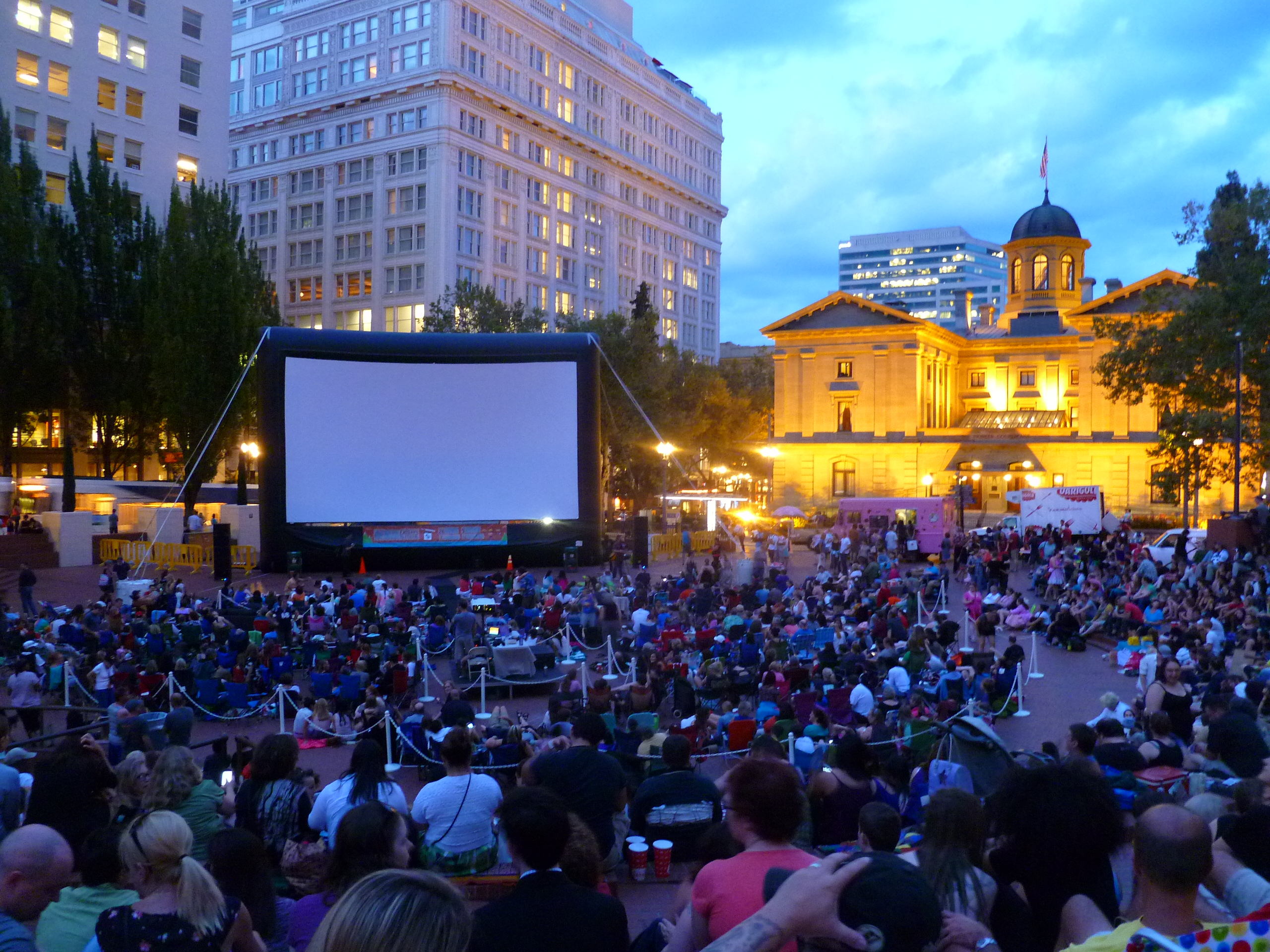 Epic Events - Outdoor Cinema Rentals
